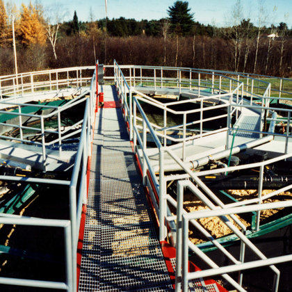 Aluminium railings and catwalk for sewage treatment plant